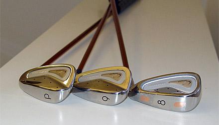 STEP WEDGE IRON entsprechen den offiziellen R&A Golfregeln. Step Wedge Iron - eine Golfwelt Neuheit! von J.Bechler erfunden, von SCT (TUM) weiterentwickelt und von Komperdell produziert.
